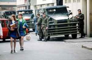 1973, the British Army in Belfast | 1973: esercito britannico a Belfast
