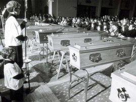 Bloody Sunday: il funerale delle vittime