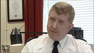 Duncan McCausland, Assistant Chief Constable, va in pensione