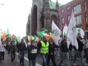 La marcia verso il Castello di Dublino | March makes its way to Dublin Castle