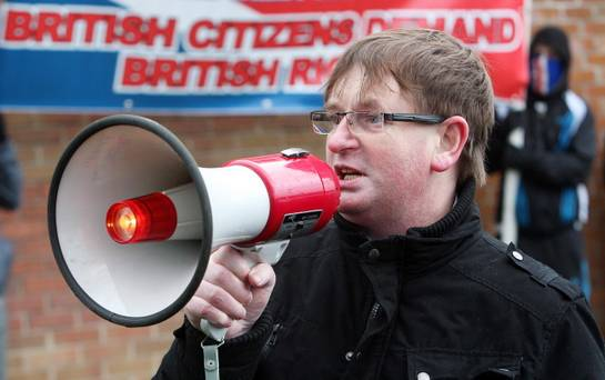 Willie Frazer resta in carcere