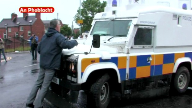 Gerry Kelly interrogato dalla PSNI sul Tour of the North
