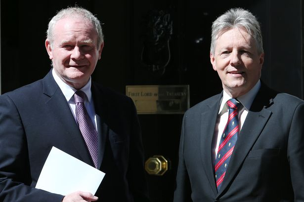 Martin McGuinness e Peter Robinson | © Peter Macdiarmid, Getty Images