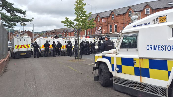 Belfast: marcia Anti-Internamento bloccata dalla PSNI